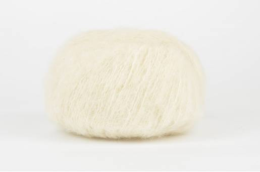 DROPS Brushed Alpaca Silk - 01 ecru