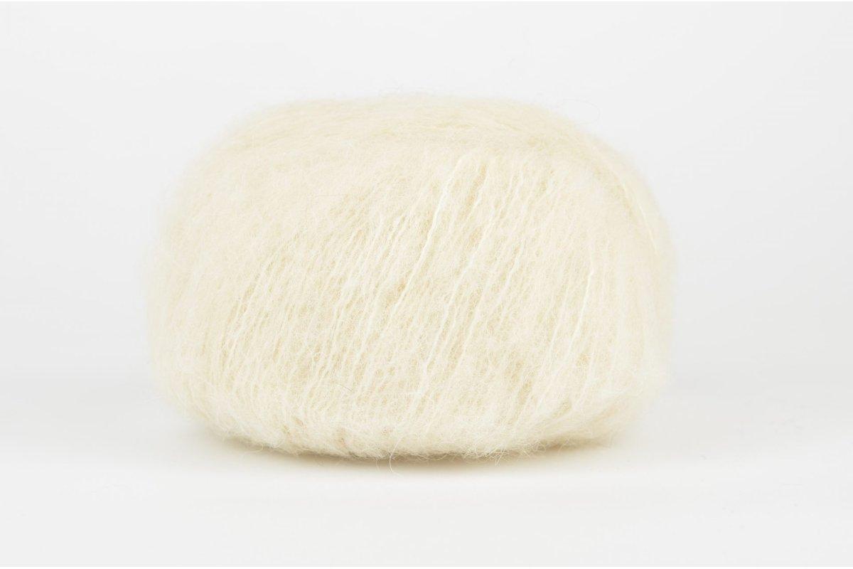 DROPS Brushed Alpaca Silk - 01 ecru