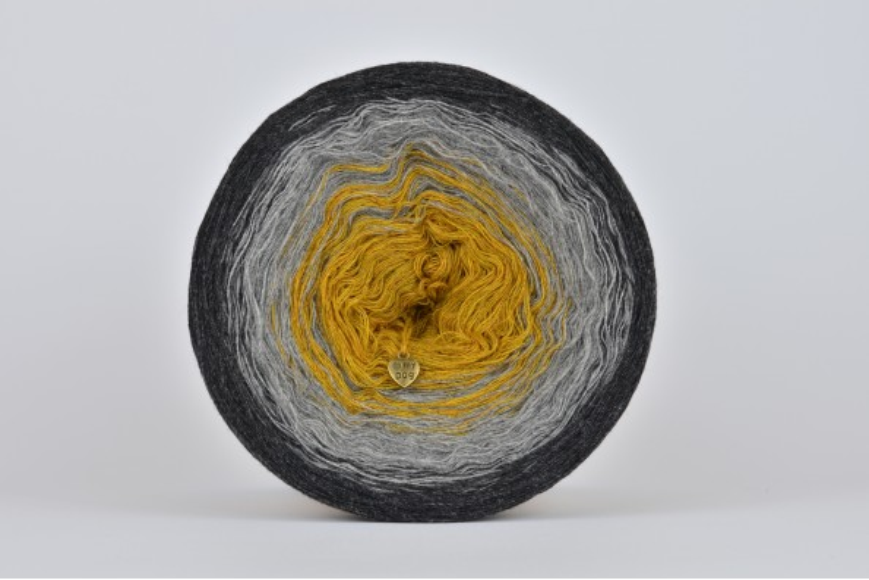 Woolly Cake - SUNSET