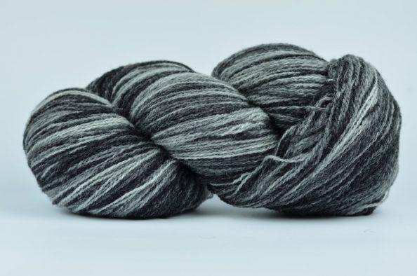 Wełna Estońska Artistic Yarn Black&White